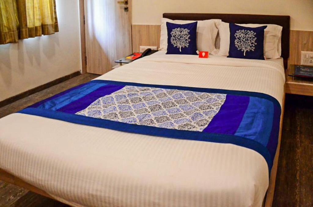 Hotel Sahara in Chakan