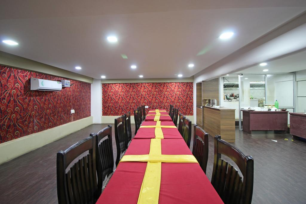 OYO 7524 Hotel Grand Celebration in Patna