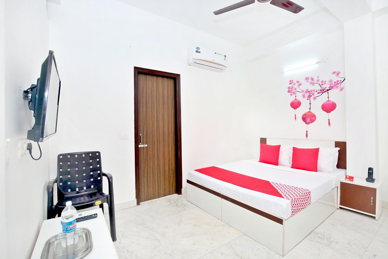 OYO 12379 Hotel Riyasat in Chandigarh