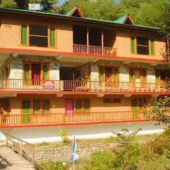 Sharda Resorts Tirthan Valley in Kullu