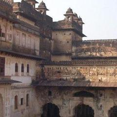 Sheesh Mahal Orchha in Orchha