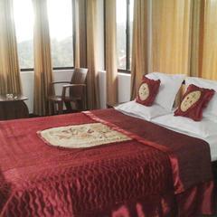 Globe Trotting Holidays Inn in Wayanad