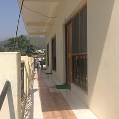Hotel Baijnath Lake View in Kausani