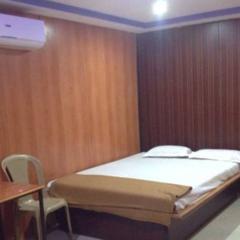 Hotel Teak Wood Executive in Nanded
