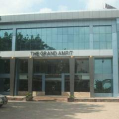 The Grand Amrit Hotel in Gandhinagar