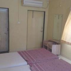 Hotel Dhansagar in Satara