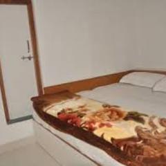 Hotel Maa Bamleshwari in Dungargarh