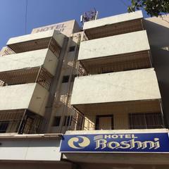 Hotel Roshni Sampatrao Colony in Vadodara