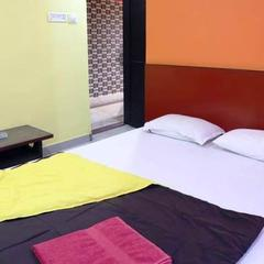 Hotel Excellency in Belebathan