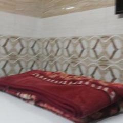 Star Hotel in Aligarh