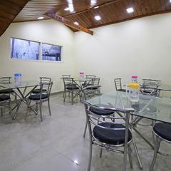Oyo 5489 Rudra Inn in Dalhousie