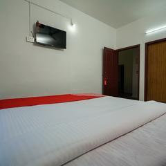 OYO 13133 Le Grand in Munnar