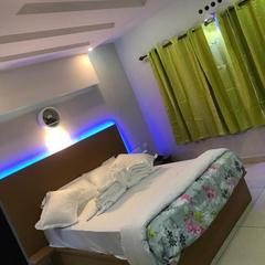 Mehakira Holiday Inn Munnar in Munnar