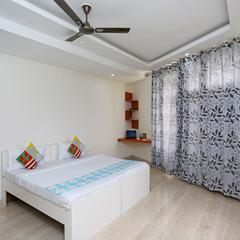 Oyo Home 18383 Spacious 3bhk Doon University in Dehradun