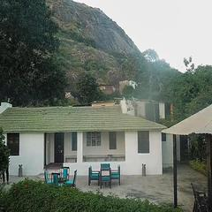 Oyo 19383 Home Modern Homestay Arbuda Devi in Mount Abu