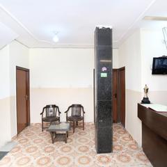 Oyo 15772 Hotel Regal Plaza in Chandigarh