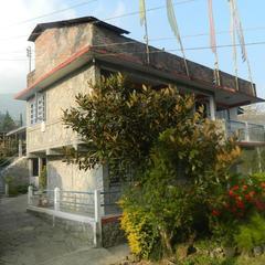 Moktan's Sweet Home in Mangwa