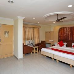 OYO 18871 Hotel Giriraj in Raipur