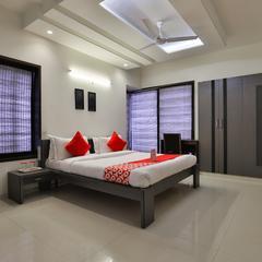 OYO 15508 Shreeji Sangeet Apartments in Vadodara