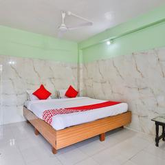 Oyo 24833 Hotel Silver in Daman