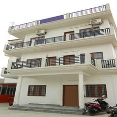 Oyo Home 24485 Spacious Stay in Dehradun