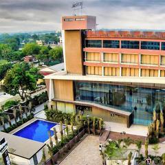 Jalashray Resort in Nadiad