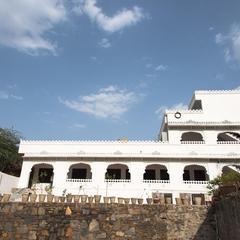 Oyo 13570 Home Heritage Stay Kodiyat Marg in Udaipur