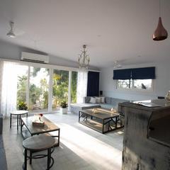 Living Room Beach Resort in Morsim