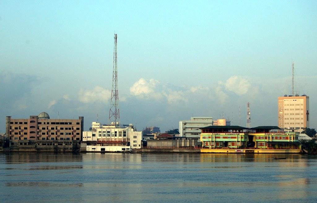 Accra to Cotonou flights
