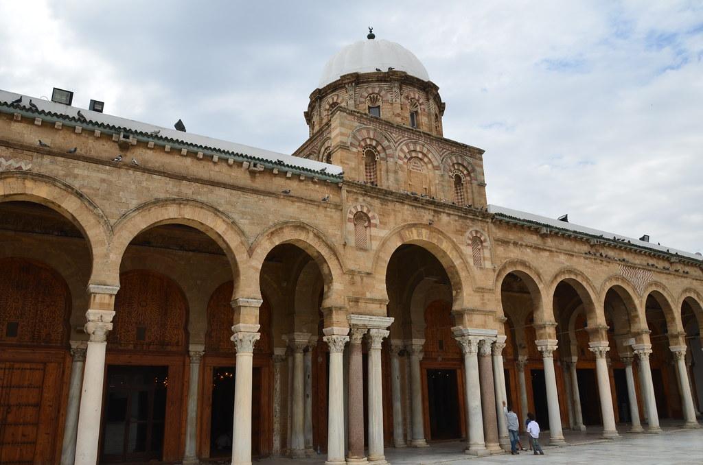 Banghazi to Tunis flights